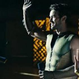 The Boys S02E01 720p WEBRip x265<span style=color:#39a8bb>-MiNX[TGx]</span>